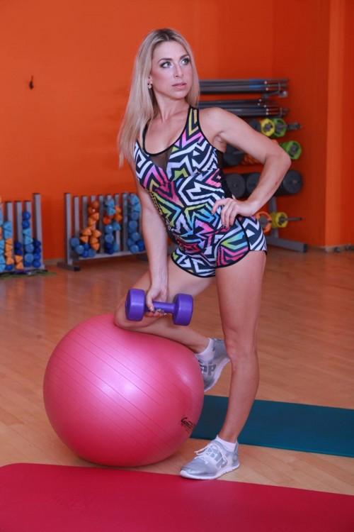 Спортивные разноцветные женские шорты H11